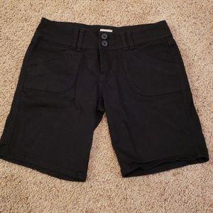 BeBop Black Khaki shorts Size 7